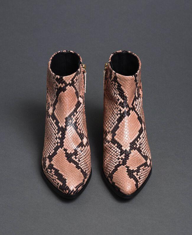 Bottines en cuir avec imprimé animalier Imprimé Python Rose Mousse Femme 192TCP10A-05