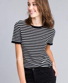 Jersey con rayas bicolores y volantes Raya Negro / Blanco Nácar Mujer JA83BN-01