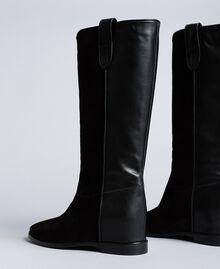 Stiefel aus Leder und Spaltleder mit Keilabsatz Schwarz Frau CA8TCE-03