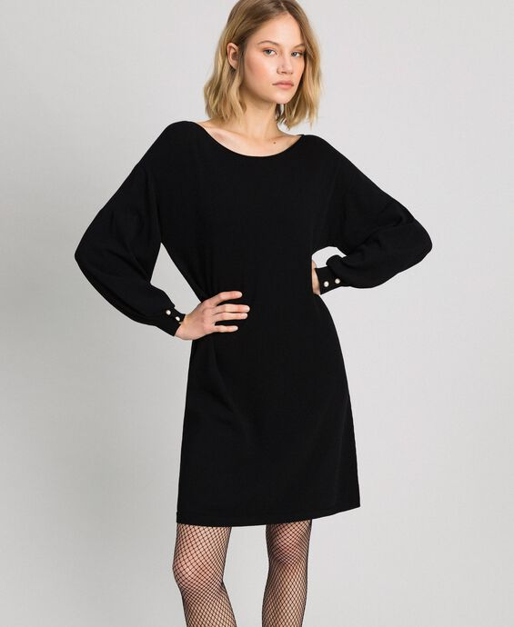 Balloon sleeve dress with pearl buttons