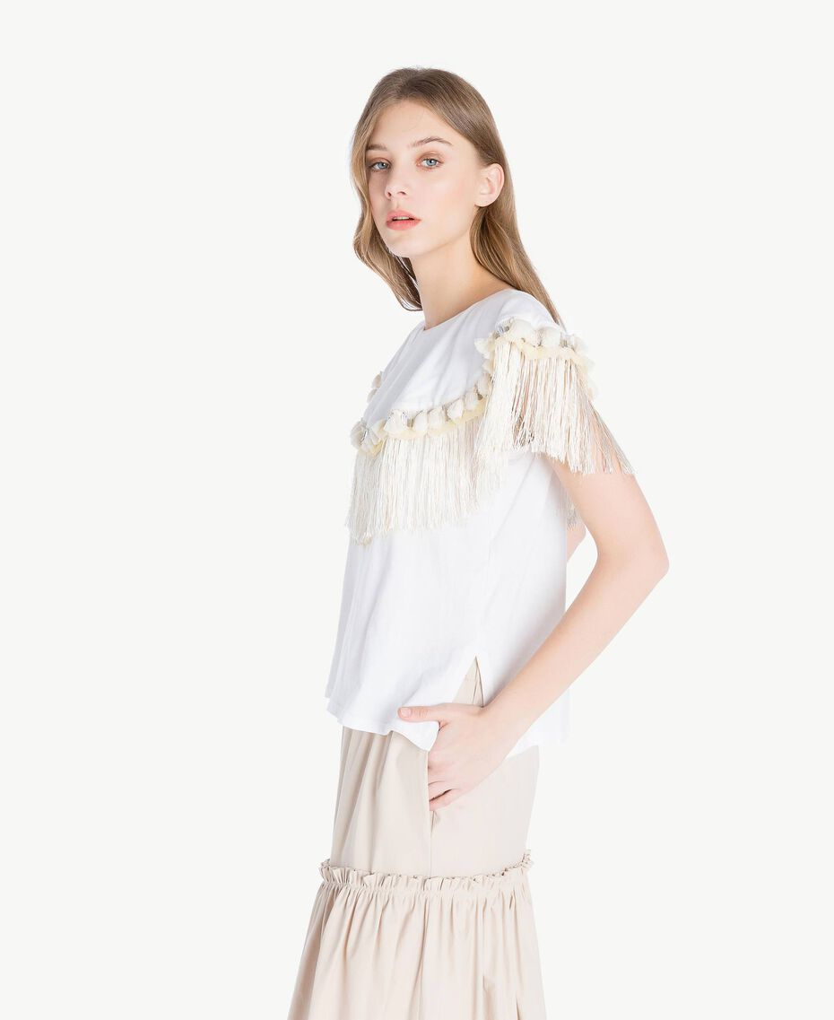 Embroidered T-shirt White Woman TS829P-02