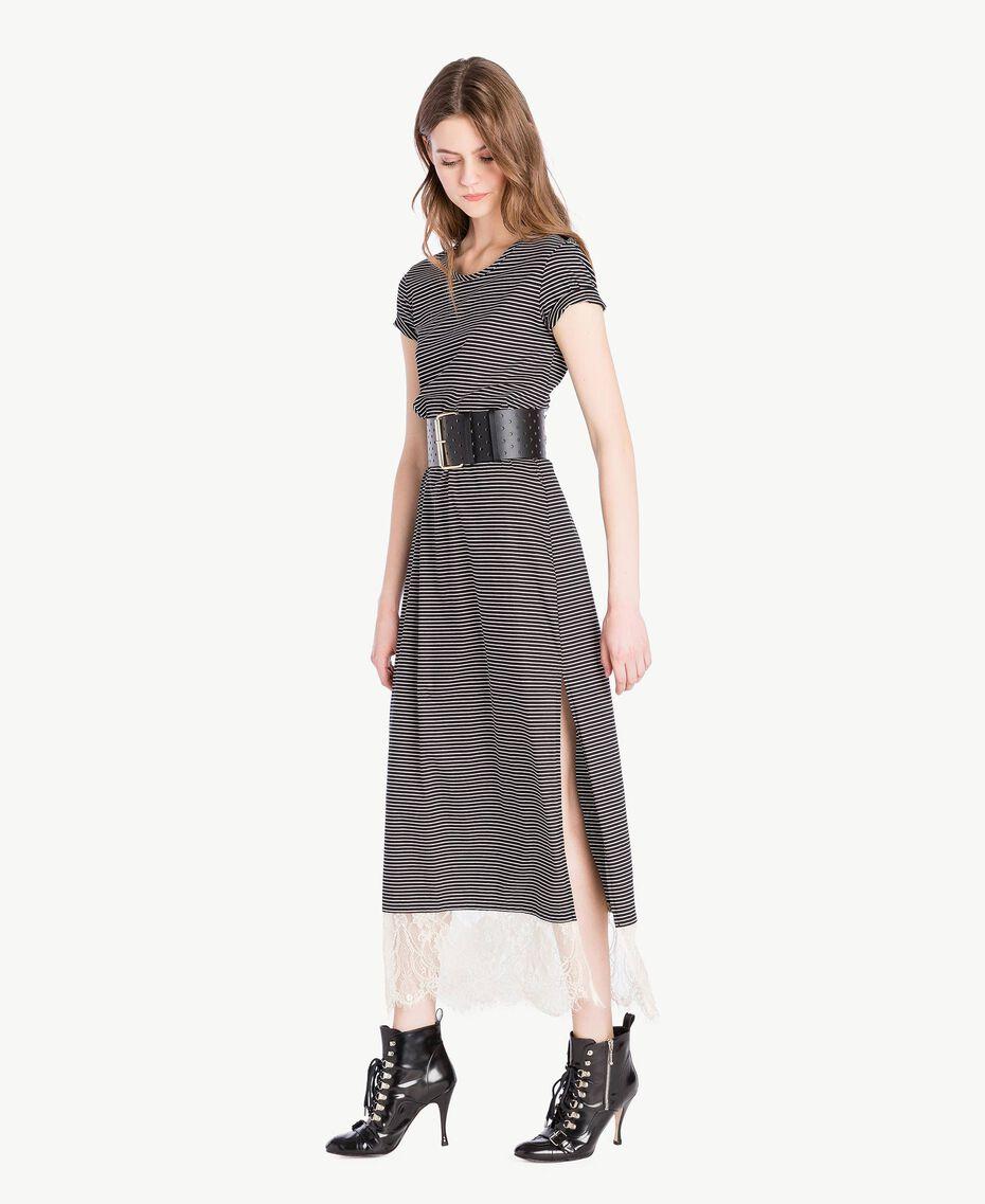 Langes Kleid mit Streifen Streifen Elfenbein / Schwarz Frau PS82H3-02