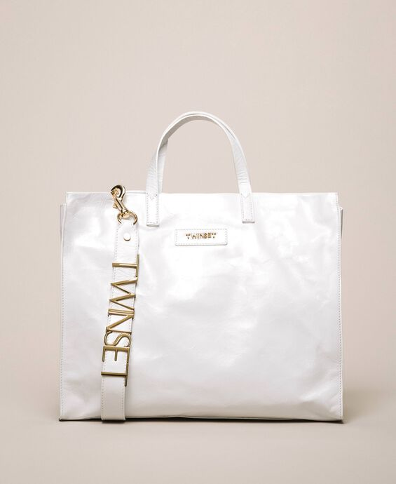 Leather shopper with logo