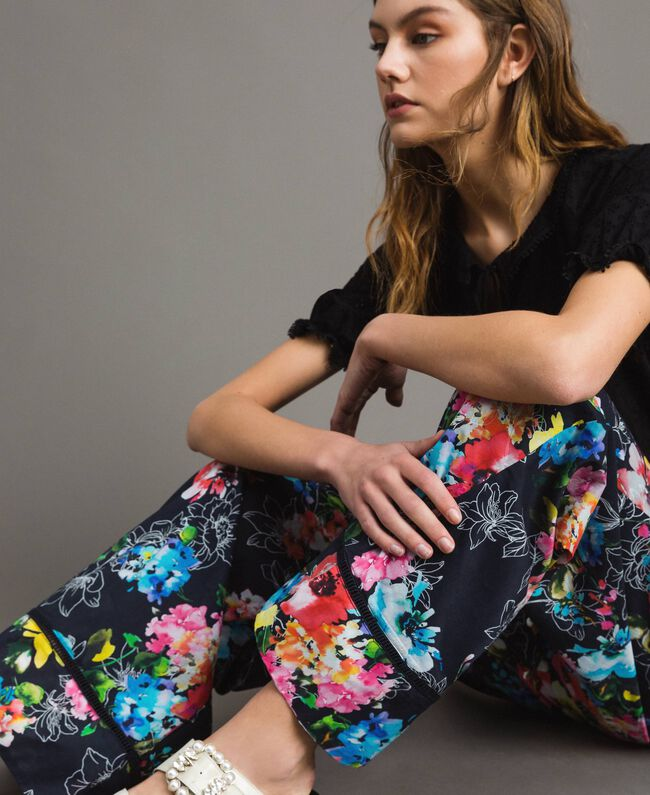 Pantalon palazzo avec imprimé floral Imprimé Fleur Multicolore Noir Total Femme 191MT2293-05