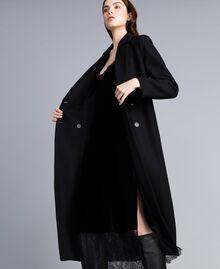 Langer, zweireihiger Mantel aus Tuch Schwarz Frau TA821L-04