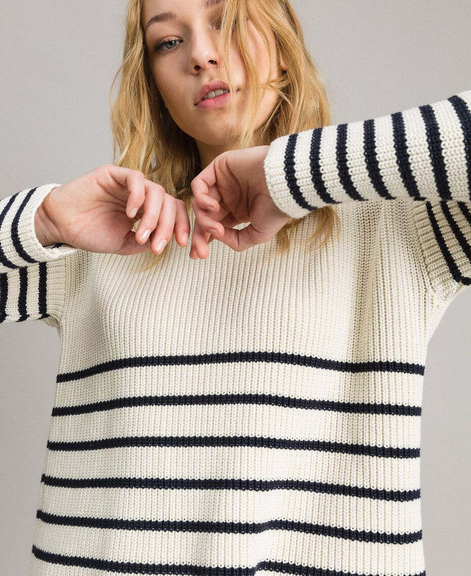 Striped top with eyelets Deep Blue / Snow Striping Woman 191TP3121-05