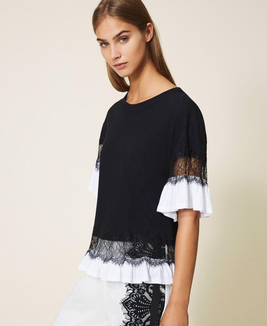 T-shirt con pizzo e balza Bicolor Nero / Bianco Ottico Donna 202TP2671-02