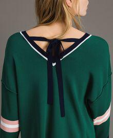 Pull boxy avec appliqué de fleur en bijou Vert Evergreen Femme 191TP3192-05