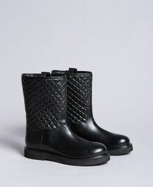 Stivali in pelle con catena charms Nero Donna CA8PLW-05