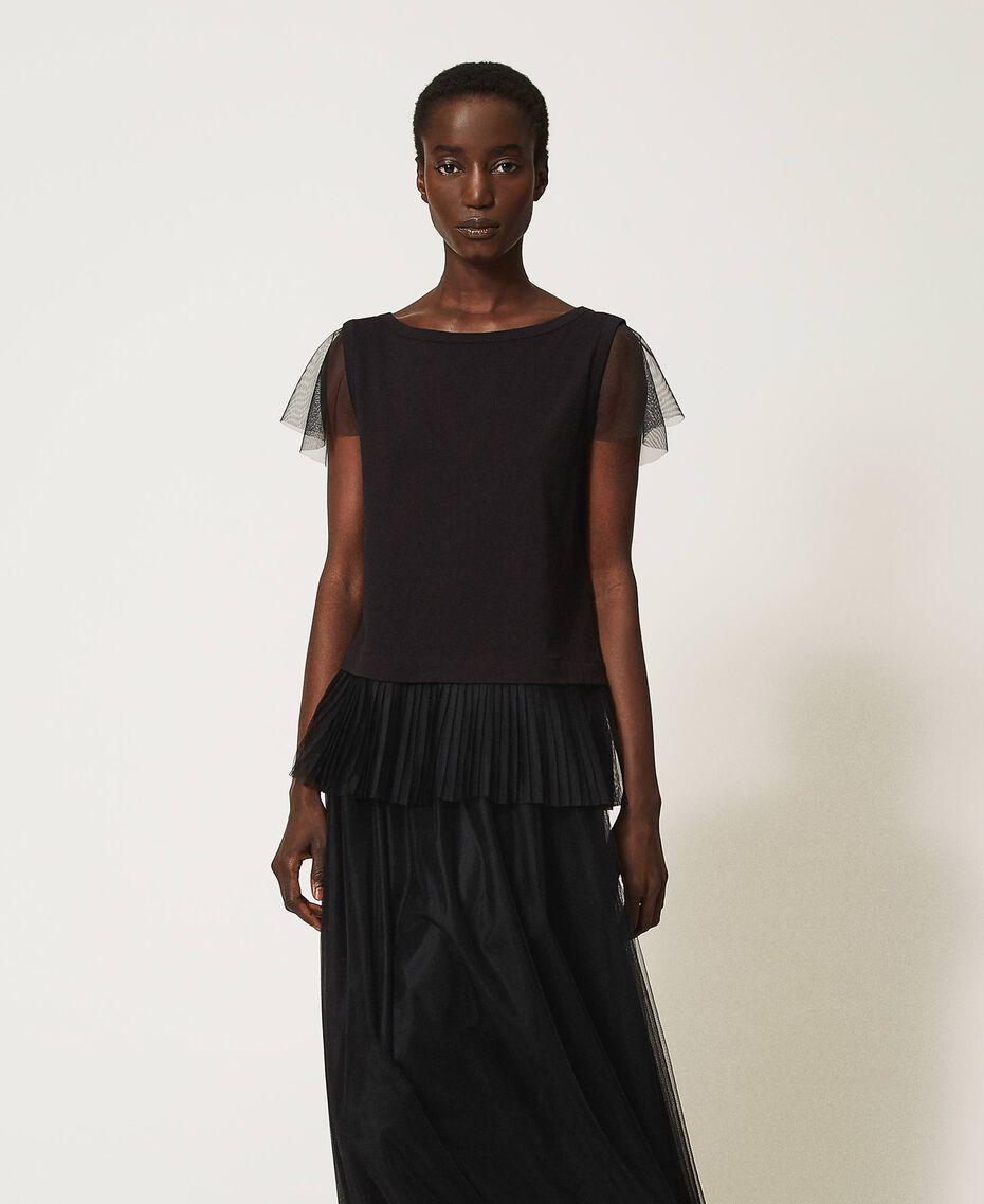 T-Shirt mit plissiertem Volant Schwarz Frau 202MP2391-02