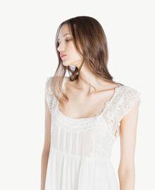 Kleid aus Musselin Elfenbein Frau SS82HS-04