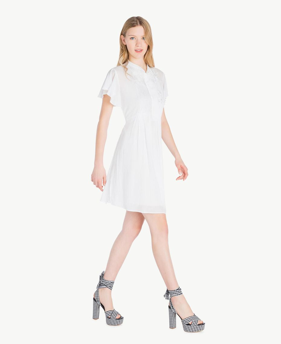 Kleid aus Musselin Mattweiß Frau YS82HN-02