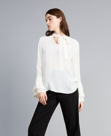 Blusa in misto seta con plissé Bianco Neve Donna TA823T-02