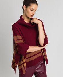 "Poncho reversibile in maglia Purple Red / Beige ""Camel Skin"" Donna 192LI3ZAA-02"
