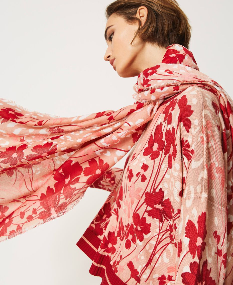 """Printed stole with fringes Peach / """"Cherry"""" Red Flowers Animal Print Woman 202TA4407-0S"""