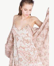 Kleid mit Print Patchprint Vegas Pink Frau BS8AJJ-05