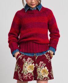 Zweifarbig gestreifter Pullover aus Mohair Jacquard Streifen Weinrubinrot / Rot Kind 192GJ3220-02