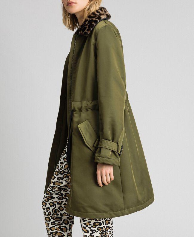 Manteau en satin technique avec col animalier Vert Vetiver Femme 192MP2121-01