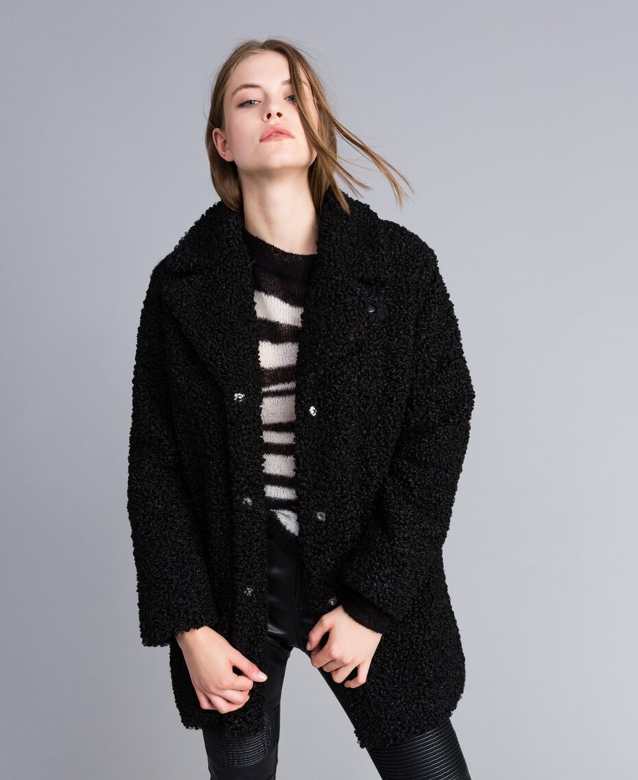 Mantel aus Lammfellimitat Schwarz Frau JA82KN-02