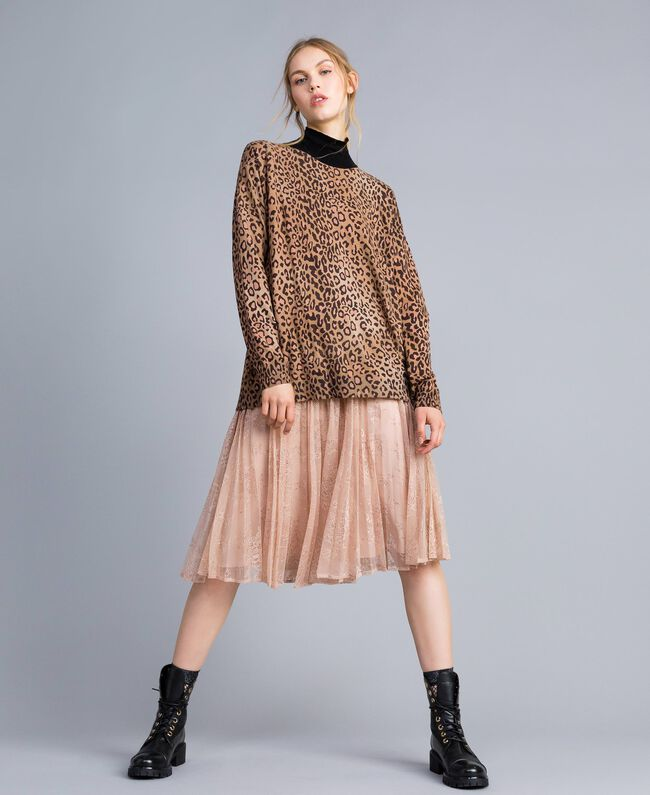 Animal print viscose blend mock neck jumper Maxi Animal Print Woman SA83KB-01