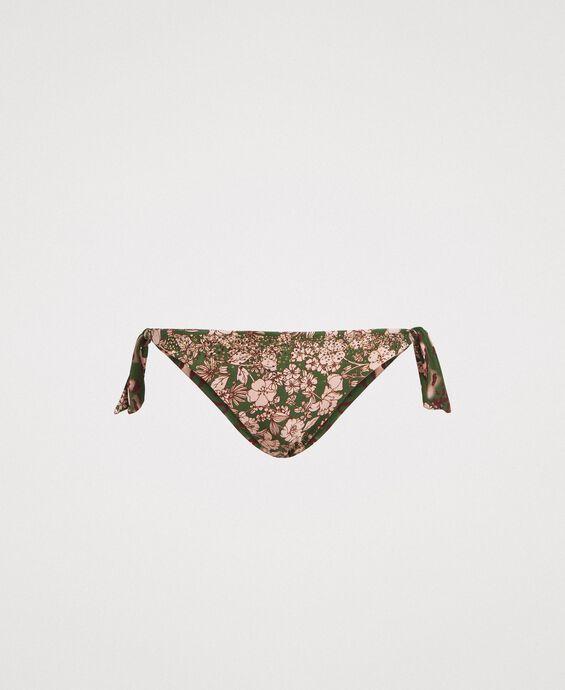 Bas de bikini tanga avec fleurs et clous