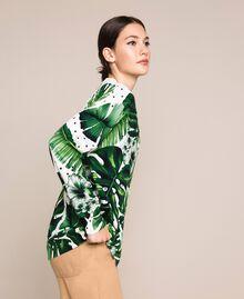 Длинная трикотажная кофта с принтом и отделкой пайетками Принт Тропический Горошек Зеленый женщина 201TP3263-03