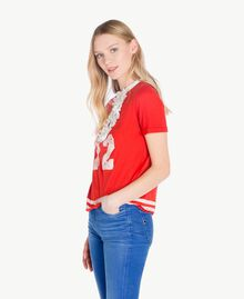 T-Shirt mit Rüschen Zweifarbig Feuerrot / Pergamentweiß Frau YS823L-02