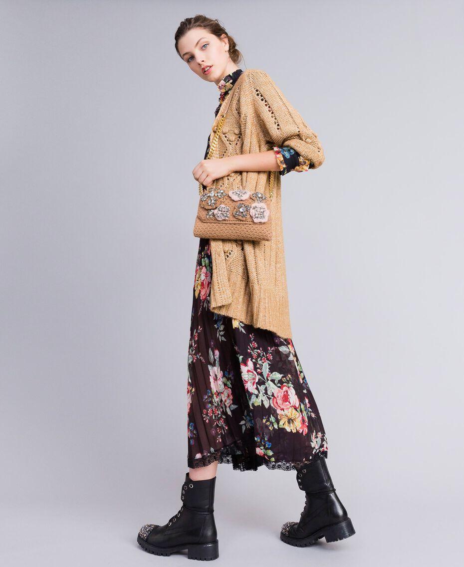 Gehäkelte Umhängetasche mit Aufnähern Camel Frau AA8PJ1-0S