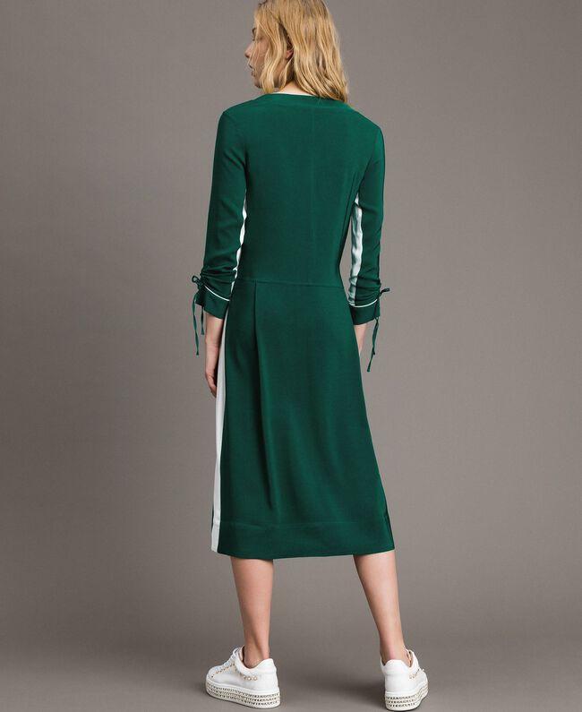 "Robe mi-longue bicolore Bicolore Vert ""Evergreen"" / Blanc Soie Femme 191TP2325-03"