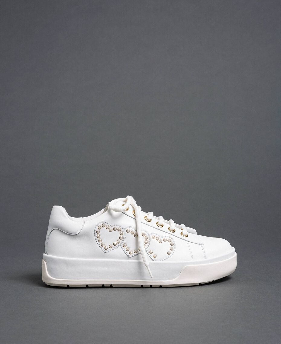 Leather trainers with hearts and studs White Woman 192TCP01Y-03