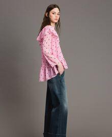 Блуза из жоржета с принтом Принт В Гортензиево-Розовые Сердечки И Горошек женщина 191MP2381-02