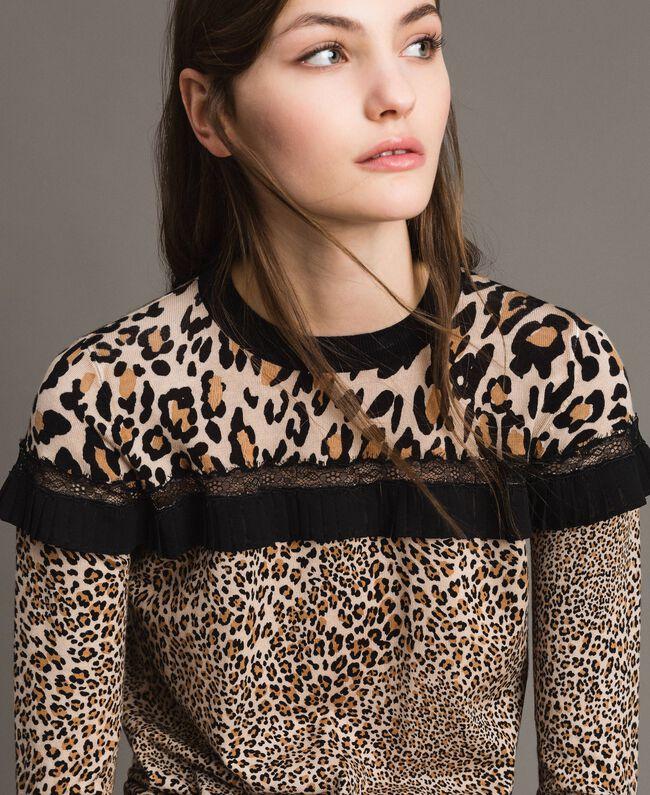 Pullover mit Animal-Print und Spitze Motiv Verschiedene Tiere Frau 191TP3413-04