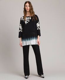 Floral embroidery and fringe blouse Black Woman 191TT2130-0T