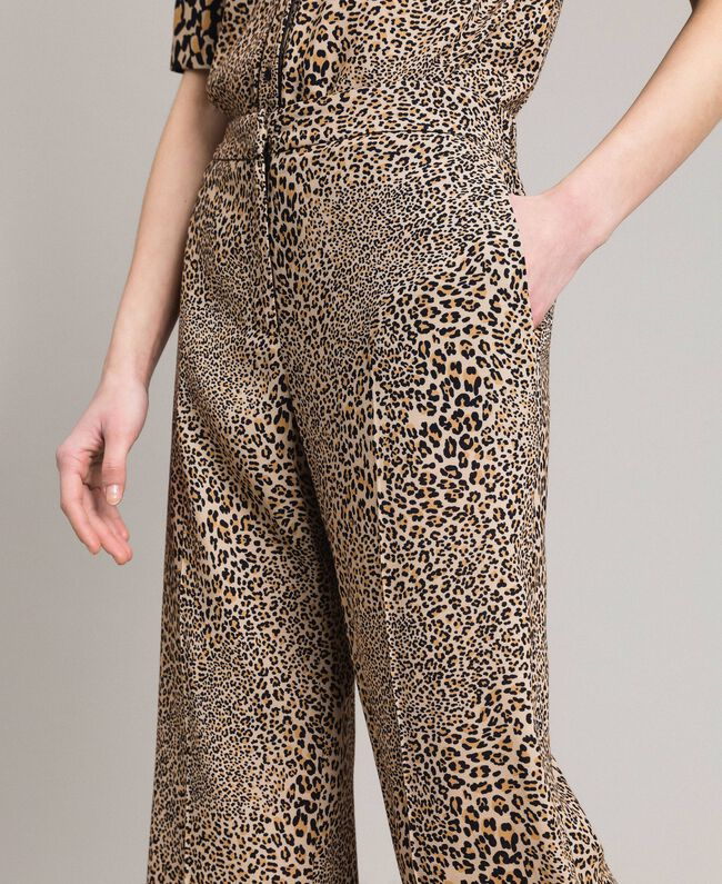 09684b803c01 Animal print crêpe trousers Mixed Animal Print Woman 191TP2703-05