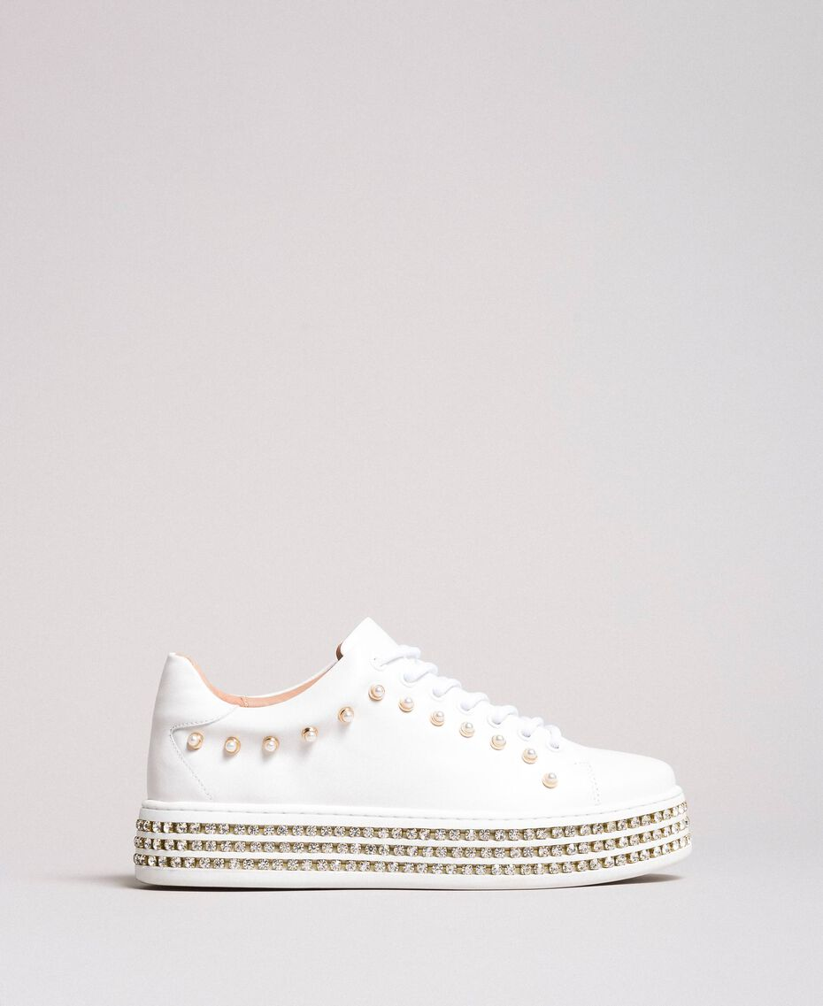 Sneakers in pelle con strass e perle Bianco Donna 191TCP166-02