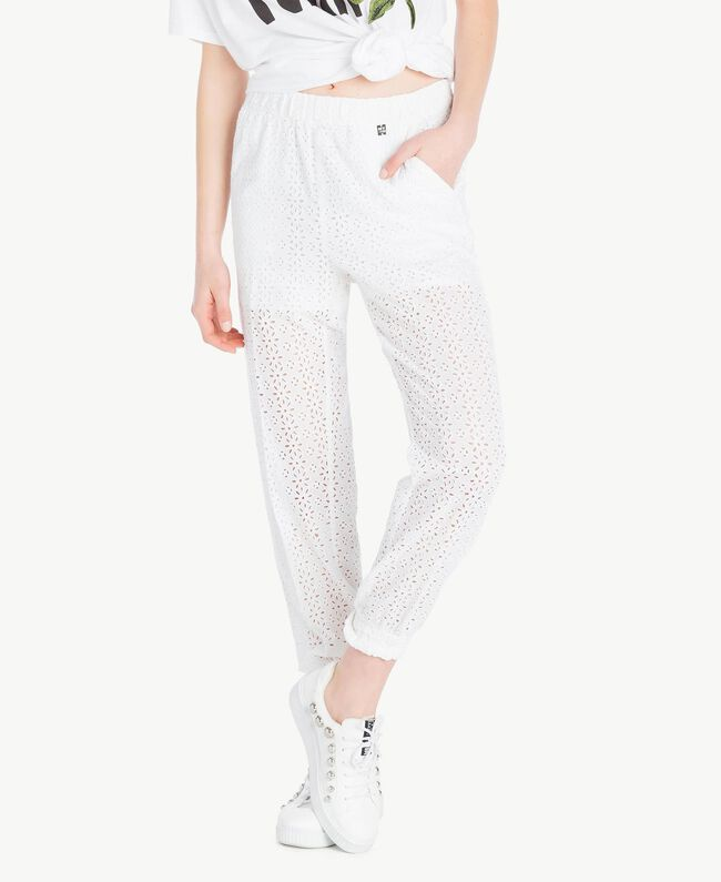 Broderie anglaise trousers Off White Woman YS82CF-01