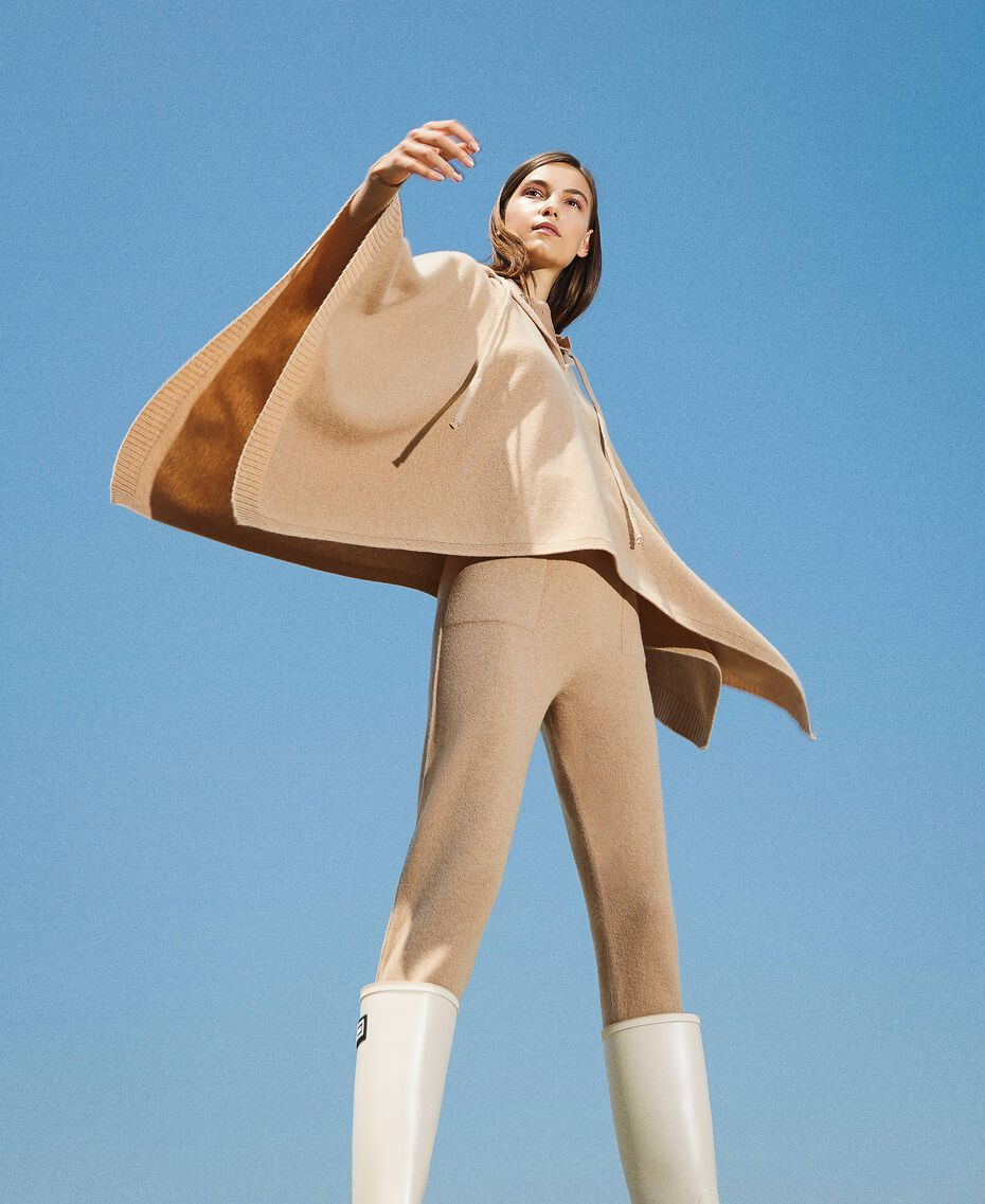 """Wool and cashmere poncho """"Pastel Skin"""" Beige Woman 202TT3013-02"""