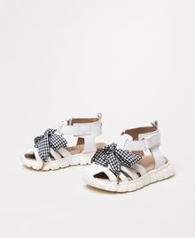 Leather sandals with gingham bow White Child 201GCB140-01