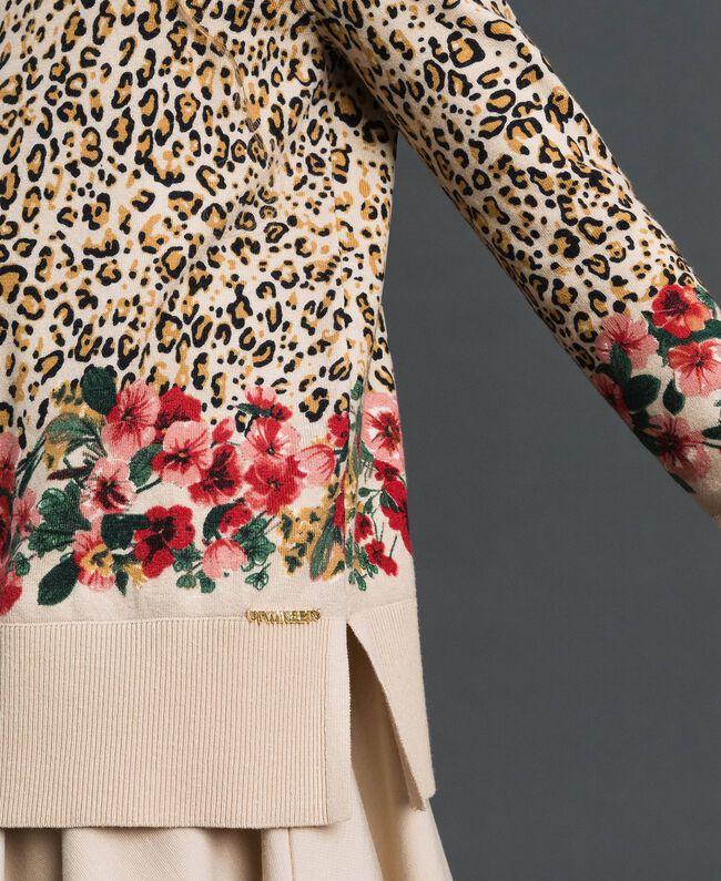 Pullover mit Blumen-Animal-Print Print Leopard / Blumen Kind 192GJ3181-04