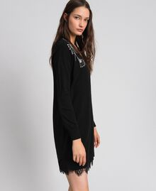 Kleid aus Wolle und Kaschmir mit Stickereien und Unterkleid Schwarz Frau 192TP3331-02