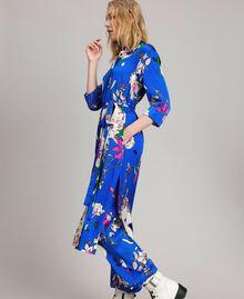 Satin-Hemd-Kleid mit Blumenmuster Motiv Windblumen Kornblumenblau Frau 191TP2454-03