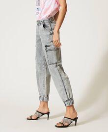 Jean cargo avec poches Denim Gris Femme 211MT256A-03