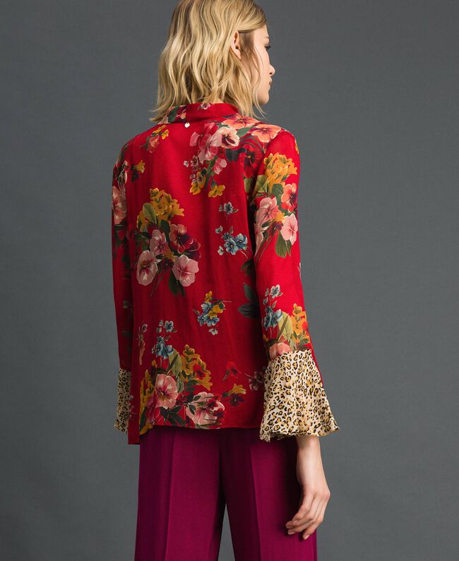 Floral and animal print blouse Pomegranate Meadow Print Woman 192TP2751-03