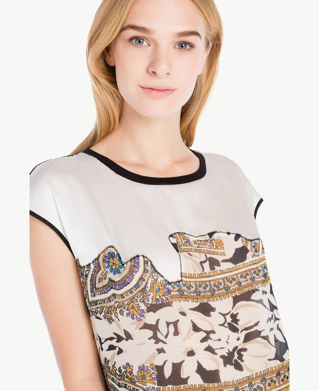 Maxi-T-Shirt mit Rosen Arabeskenprint PA724D-04