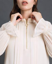 Kleid aus Georgette mit Reißverschluss Weiß Vanille Frau 192MT2060-05