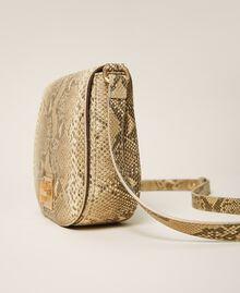 Umhängetasche aus Leder mit exotischer Prägung Pythonprägung Pastel Skin Frau 202TD8050-03