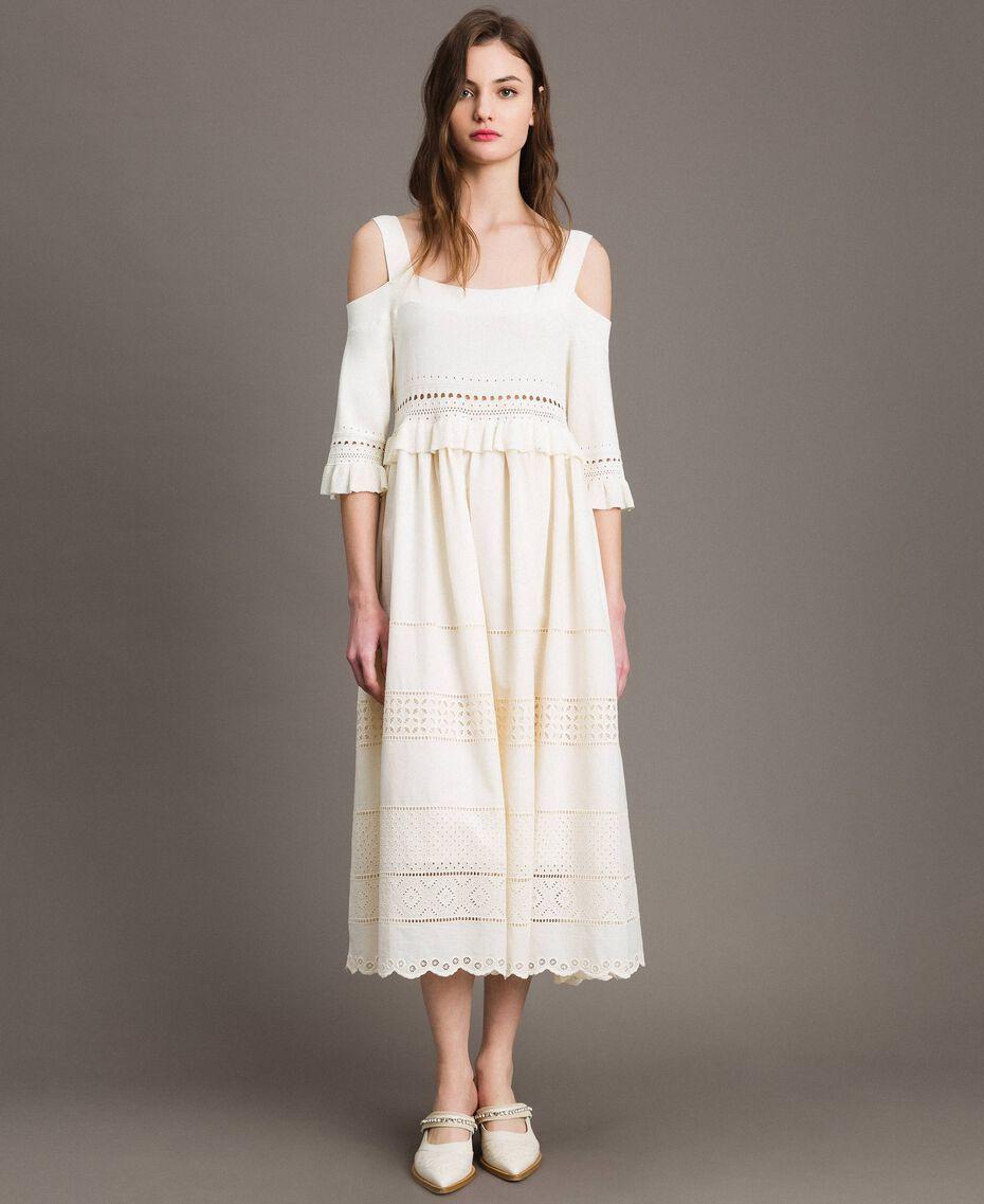 Gestricktes Broderie-Anglaise-Kleid Weiß Schnee Frau 191TT3013-02