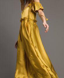 """Robe longue en satin de soie avec bordures en dentelle Or """"Miel Doré"""" Femme 191TT2011-05"""