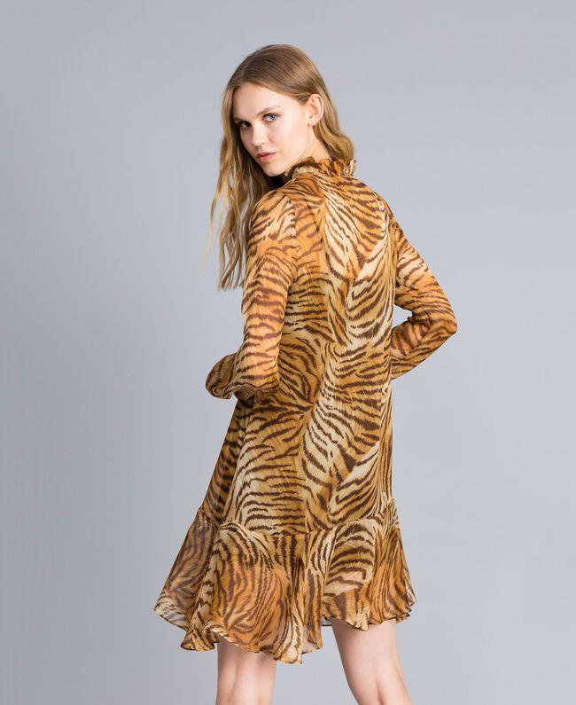 "Kleid aus Seidenchiffon mit Print Print ""Tiger"" Frau TA8253-03"