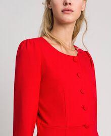 Etuikleid mit bezogenen Knöpfen Rot Mohn Frau 192MP2179-04